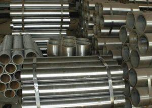 Tube en acier sans soudure ST37.4 EN10305